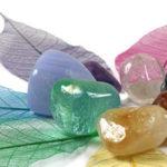 10 мощни кристала, които ще ви помогнат да бъдете по-спокойни и щастливи